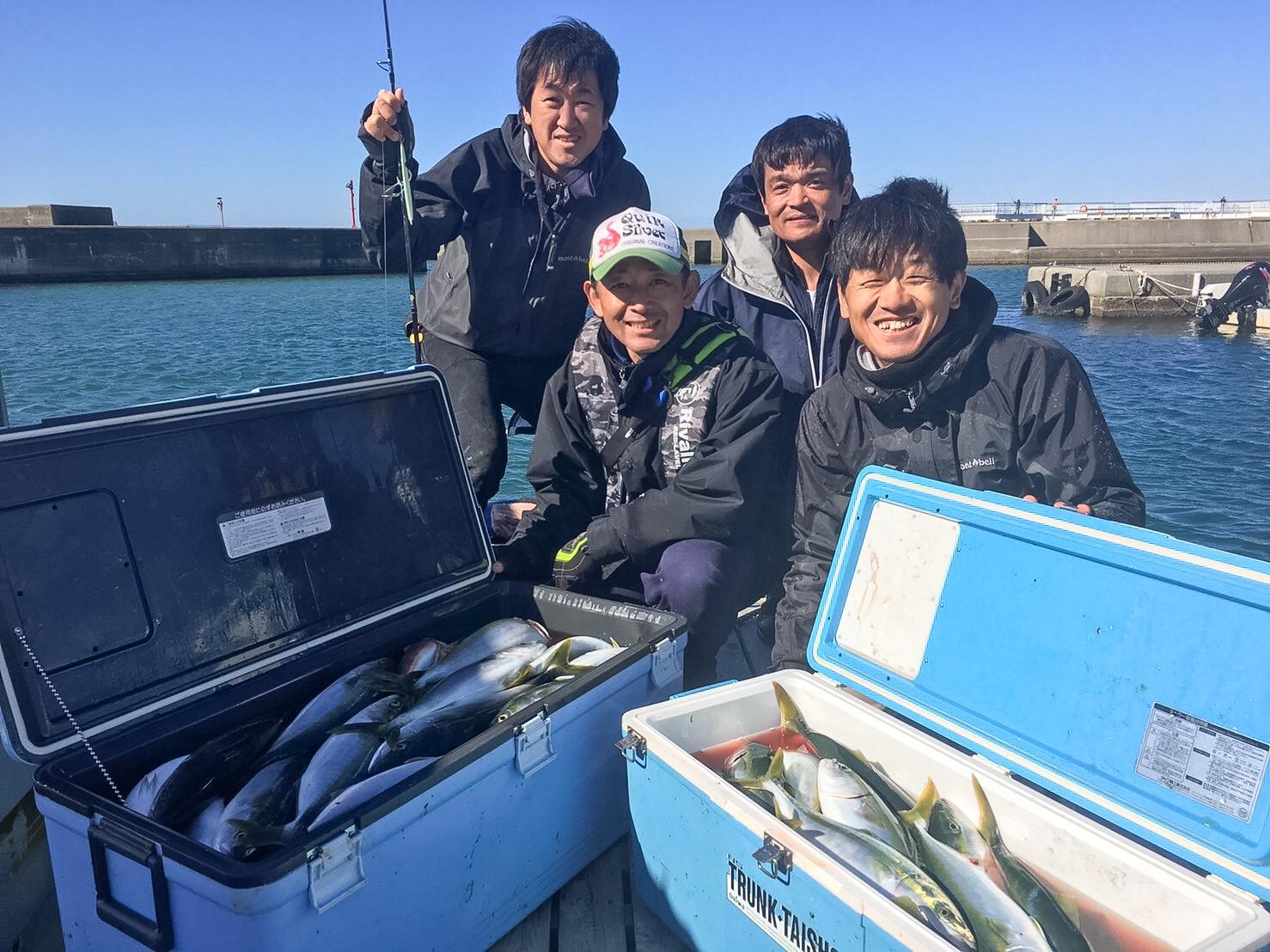 オスカー釣り部初の船釣りへ行ってきました。の画像