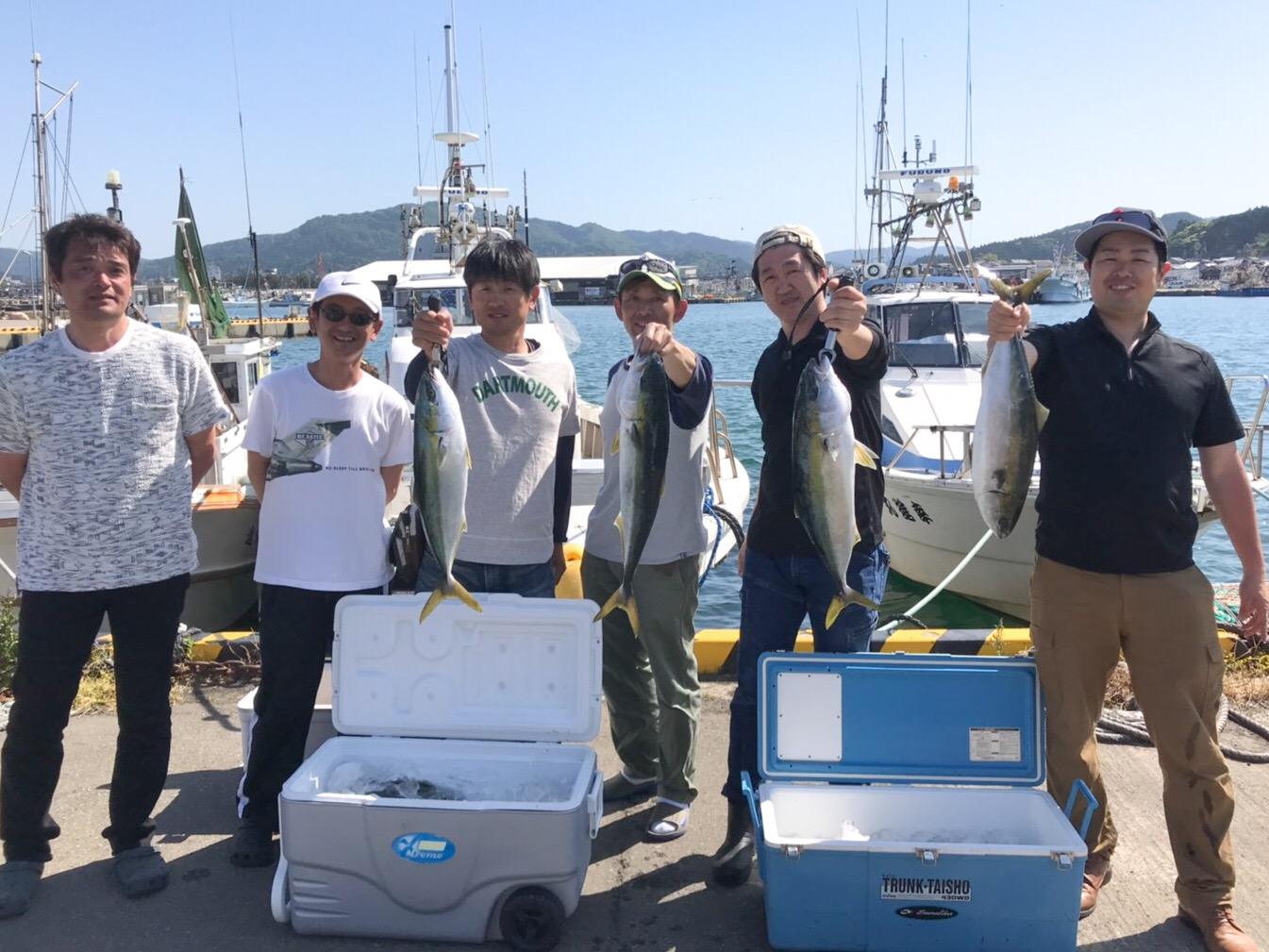 オスカー釣り部、5月のブリジギングで石川県輪島市への画像